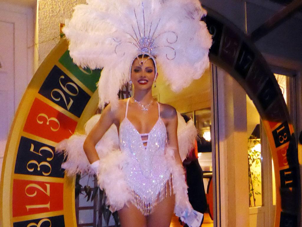 soiree-casino-showgirl-anniversaire