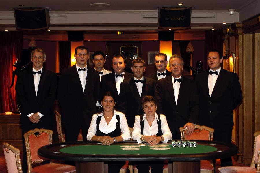 Equipe de croupiers casino événementiel
