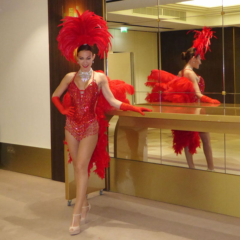 Showgirl Casino Paris